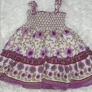 baby Girls size 12 months Outfit  🎯$SALE
